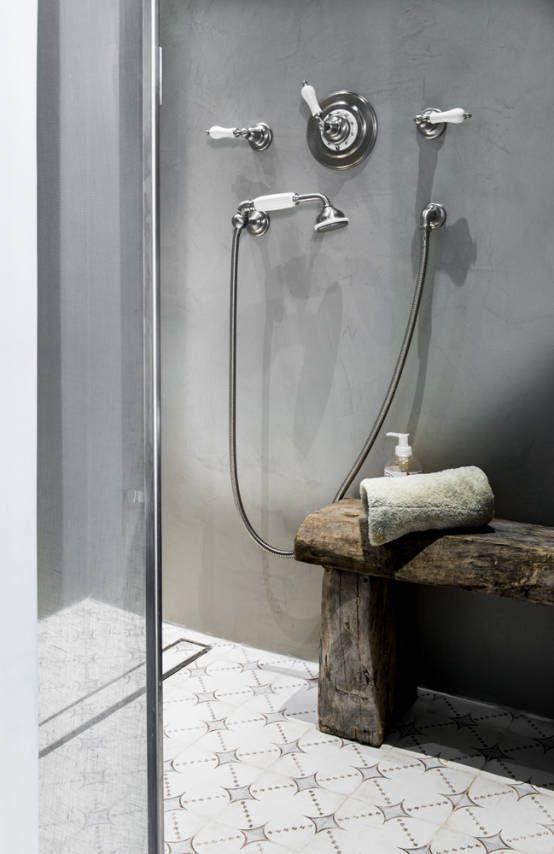 Béton ciré / carreaux de ciment/ Salle de bain/ Toscane : Salle de bain méditerranéenne par dmesure