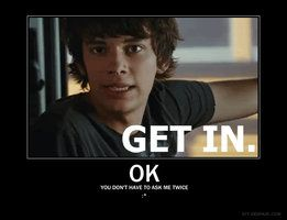 GET IN. OK you don't have to ask me twice. :* Devon Bostick! My new obsession!!!