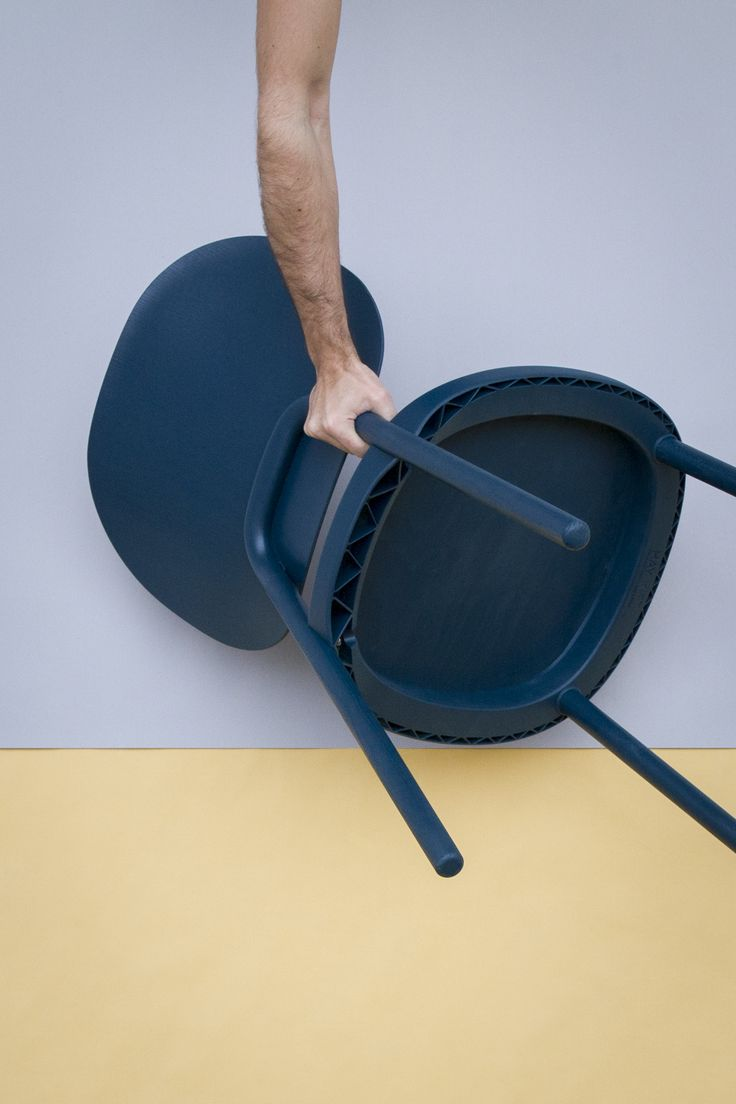 KITT flat-pack chair for HAY, picture ©2014 by SDO/Jonathan Mauloubier