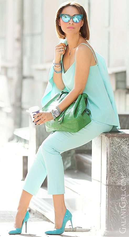 #Turquoise #chic #AndyWolf #StreetStyle #FashionBlogger #FashionBlog #Vogue #Fashion #summeroutfit