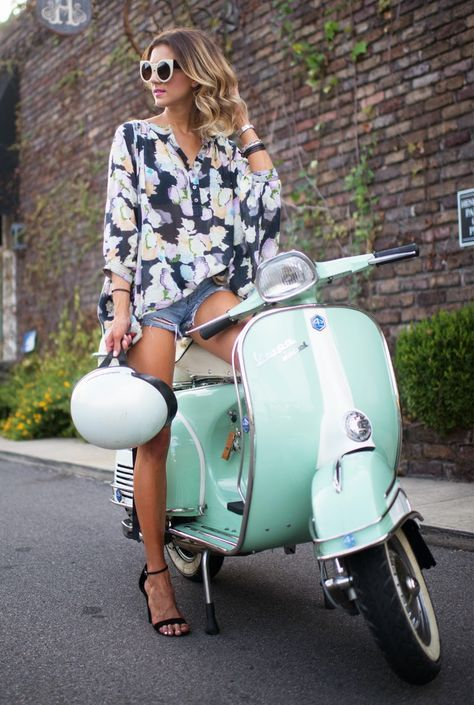 1000+ ideas about Motorcycle Girls on Pinterest | Biker ...  1000+ ideas abo...