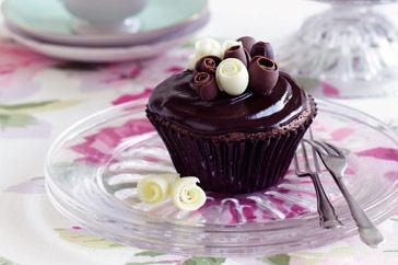 Chocolate mud cupcakes main image