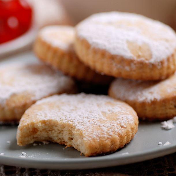 Les 116 meilleures images du tableau recettes cole sur pinterest recette maternelle imagier - Maison en biscuit et bonbons ...