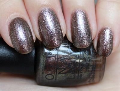 O.P.I James Bond Collection:  The World Is Not Enough  -- -- @ Beauty Arts Jasmin, Kosmetikstudio in Zürich, kannst du dir den neuesten Look holen: http://www.beautyarts.ch/behandlungen/manicure-pedicure/