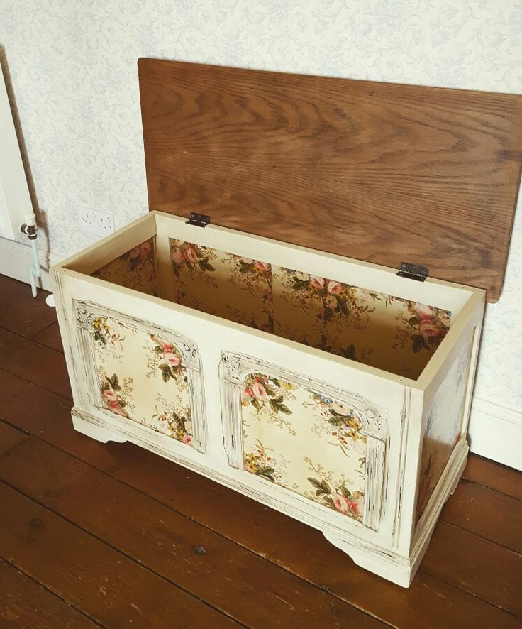 Blanket box by laura milner