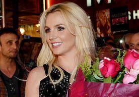"""7-Dec-2013 16:29 - BRITNEY GEEFT ADVIES BIJ LIEFDESVERDRIET. Britney Spears heeft een bijzonder advies voor vrouwen die net een lastige relatiebreuk achter de rug hebben: """"Zorg dat je gewoon heel snel weer een andere vent hebt"""", aldus de zangeres tegenover E! News."""