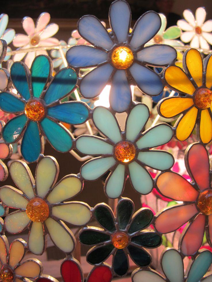 Daisies - detail handmade stained glass lamp annasantandrea@hotmail.it