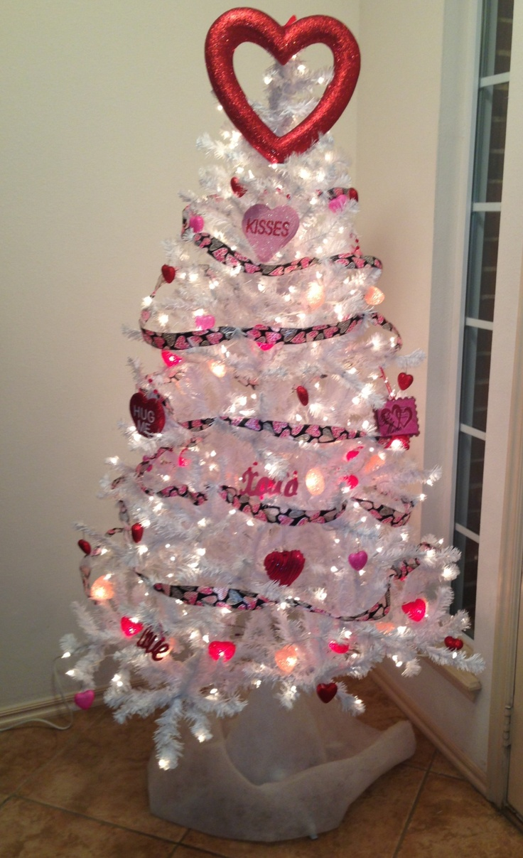 Valentineu0027s Tree! @Hobby Parent : Artist Coach Lobby