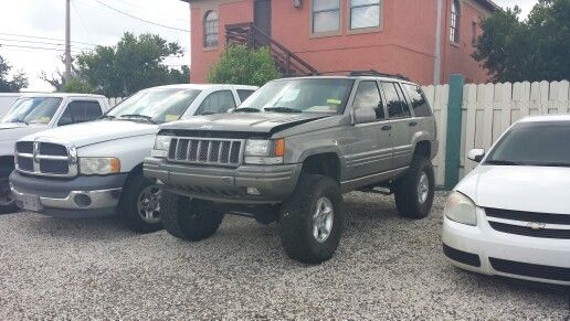 my jeep 1998 grand cherokee 5 9 limited v8 made for offroad pinterest grand cherokee. Black Bedroom Furniture Sets. Home Design Ideas