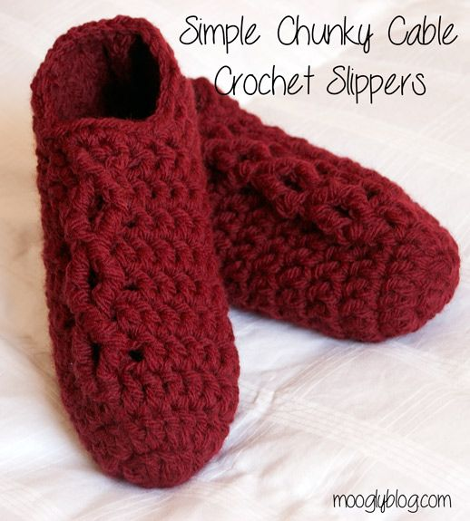 Simple Chunky Cable Crochet Slippers - make a pair in just one hour! Free pattern! {mooglyblog.com}