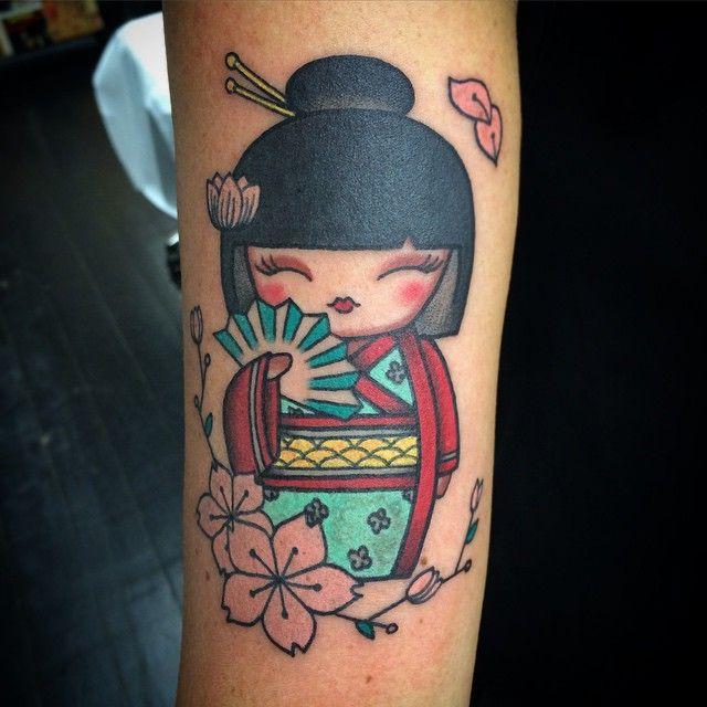 Kimmidoll #tattoo #tattoos #kimmidoll #kimmidolltattoo #oldlines #oldschool #traditional #neotraditional #japanese #japan #bright_and_bold #uktta #tattoosnob #love #london #lovehatesocialclub