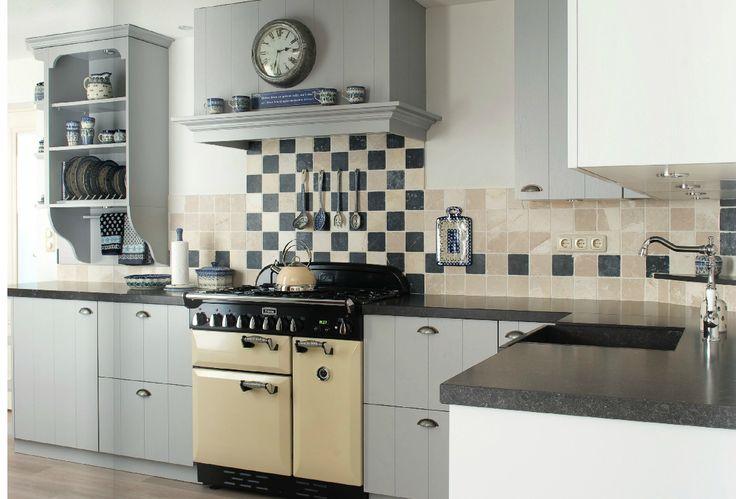 Nostalgische keuken | Blauwgrijs icm crèmekleur | Falcon fornuis