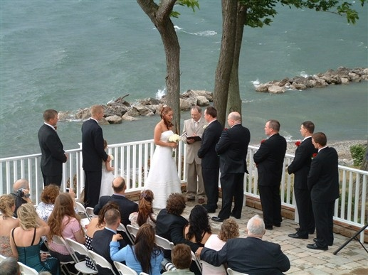 Wedding ceremony at The Lakehouse Inn in