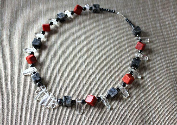 Necklace with rock crystal, labradorite and coral from Especially for You Available on http://en.dawanda.com/shop/Especially-4-You  facebook.com/especiallyfryou