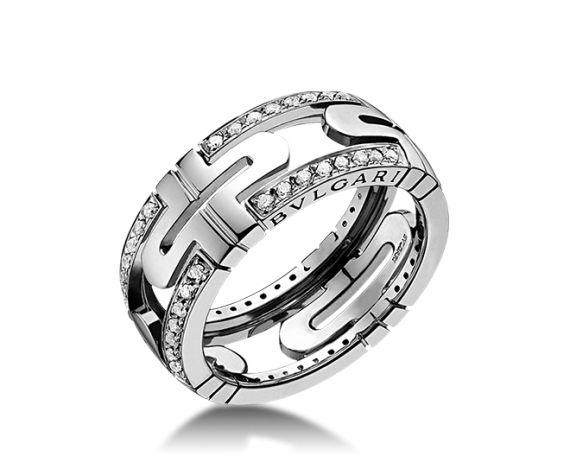 schmaler parentesi ring aus 18 karat weigold halb mit diamanten ausgefasst von bulgari