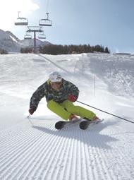 Classic Aosta corduroy in La Thuile    http://aosta-valley.co.uk/la-thuile.htm