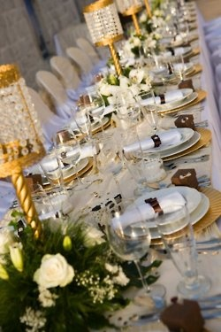Le croissant d'argent: Beautiful Tables, Beautiful Dinning, Formal Sets, Parties Tables, White Gold, Croissants, Tables Decor, Elegant Tables Sets, Crescents Money