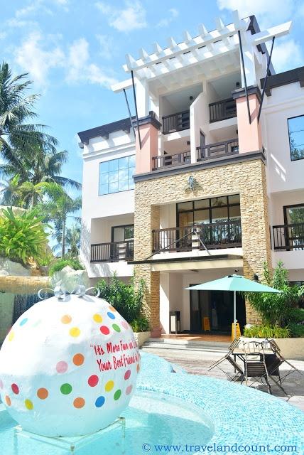 Hotel Review: La Carmela de Boracay Hotel, Philippines!