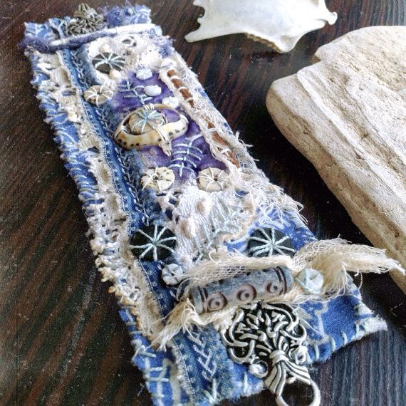 Zerfetzten Textile Manschette   Evil Eye   Textil-Armband   Rustikale Textil   Stoff-Armband Manschette   Boho Manschette   Gestickte Manschette   Rustikale Böhmisch