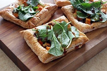 Pumpkin, caramelised onion and feta pastries – Recipes – Bite