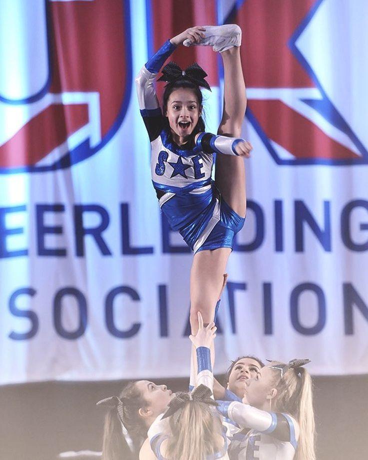 Action Shot  #fridayfeeling #flexiblefriday #ukca #cheerleading #cheerlife