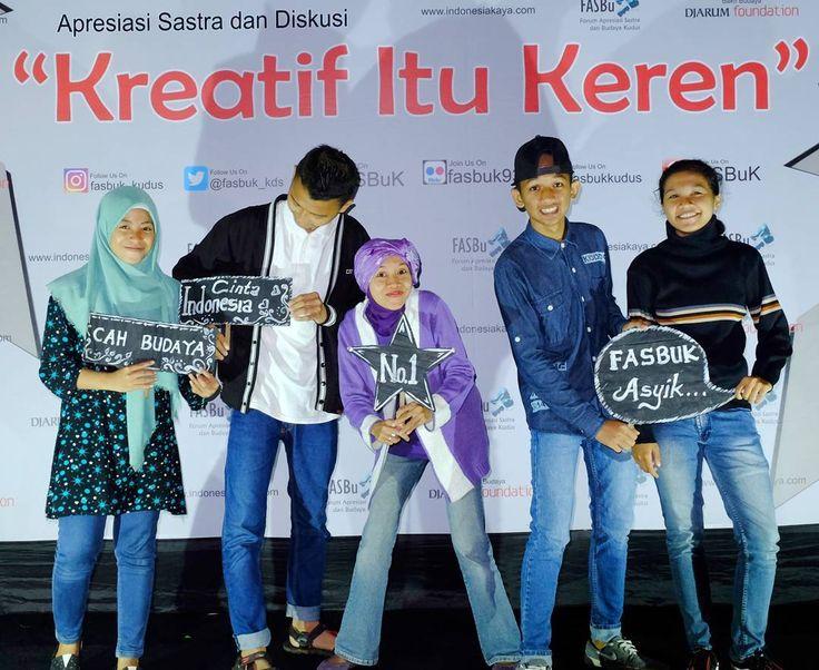 "FASBuK Edisi Januari 2017 ""Kreatif Itu Keren"" Ini Gayaku Mana Gayamu... FASBuK Asik... #fasbuk #indonesiakaya #seputarkudus #sangswara #teaterkuncupmekar #instagram #sastra #sastrakudus"