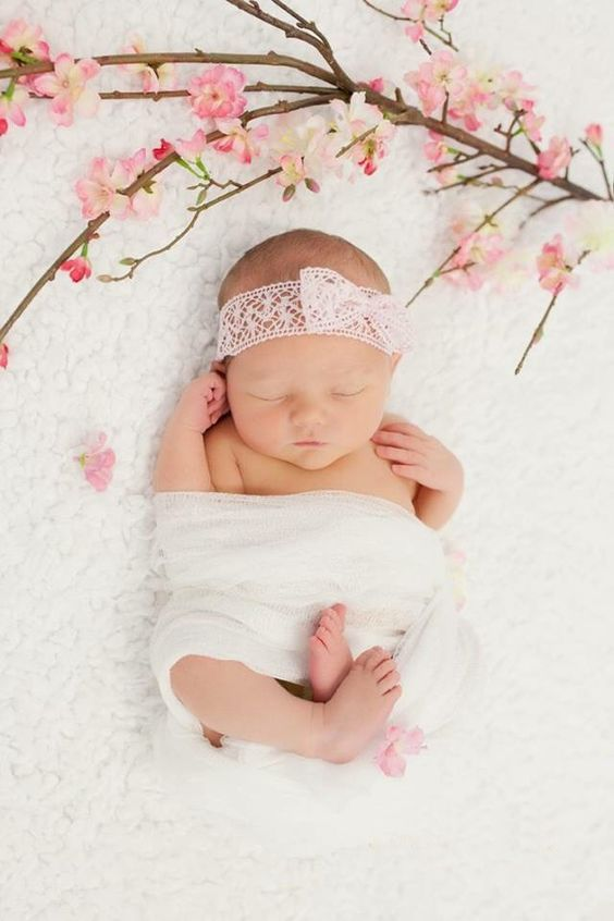 Newborn Photo Ideas Girl