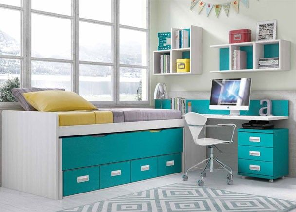 Dormitorio con compacto de 2 camas y escritorio for Dormitorios compactos