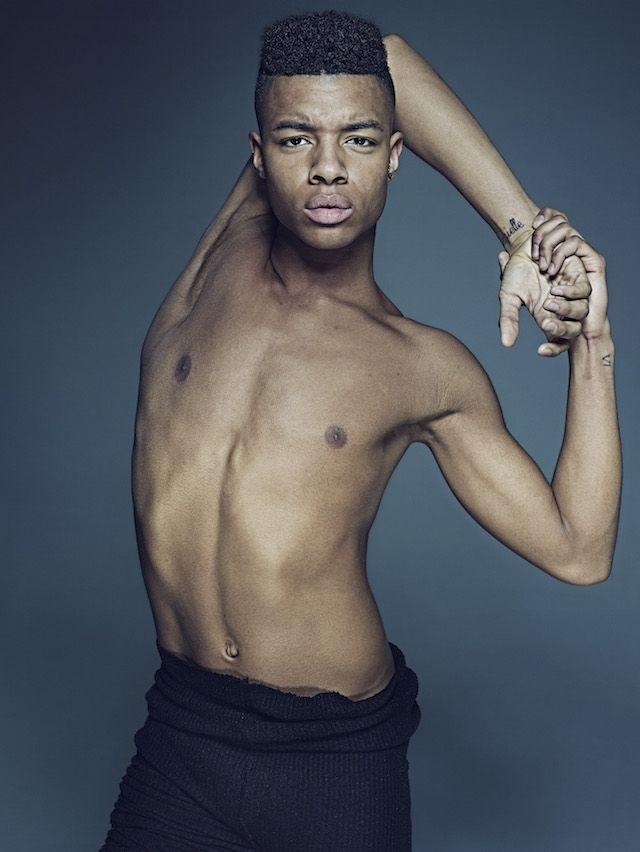 Levensgrote foto's tonen de Spartaanse lichamen van balletdansers | The Creators Project