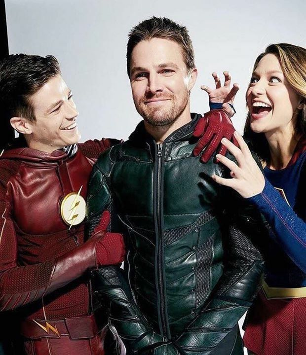 Stephen Amell, Grant Gustin and Melissa Benoist #Arrow #TheFlash #Supergirl