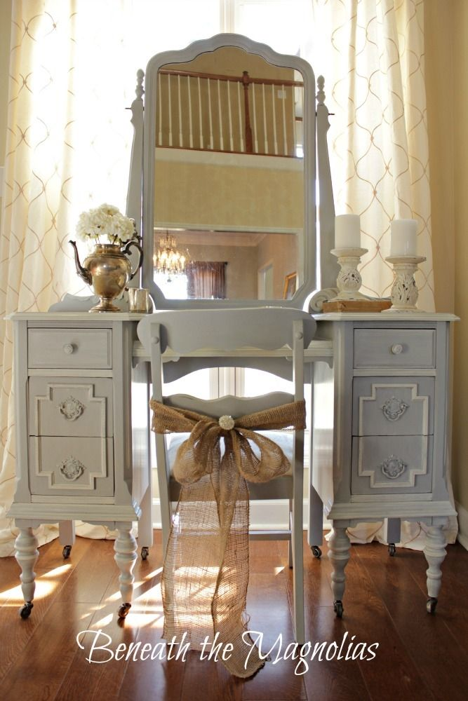wash of Paris Grey and Old White mix on some of the details and the drawer hardware