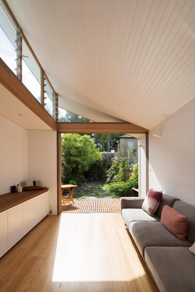 blackbutt floors with timber panel ceiling and wall by adriano pupilli architect