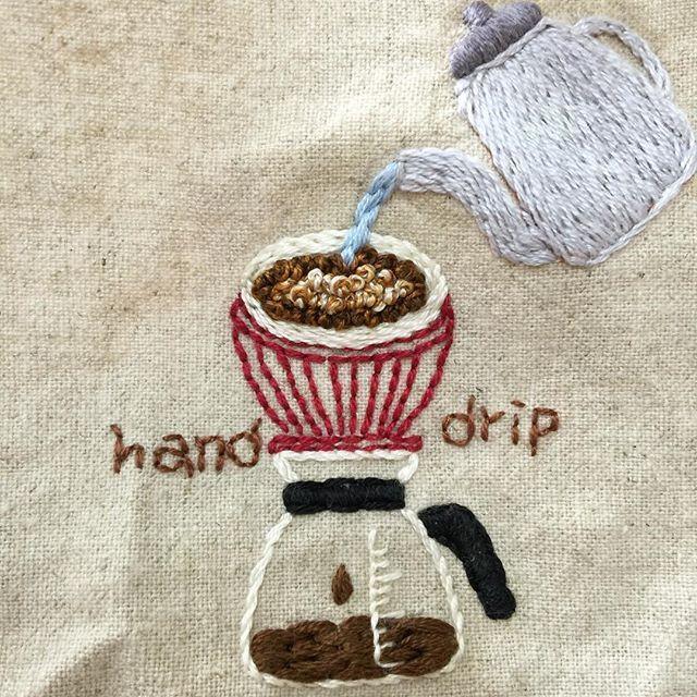 . #핸드드립 #handdrip ☕ . #프랑스자수 #손자수 #자수타그램 #embroidery #handstitch #handmade #커피 #coffee #프롬유_자수일기