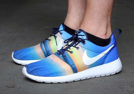 eb5a95dd4055e Nike Roshe Run