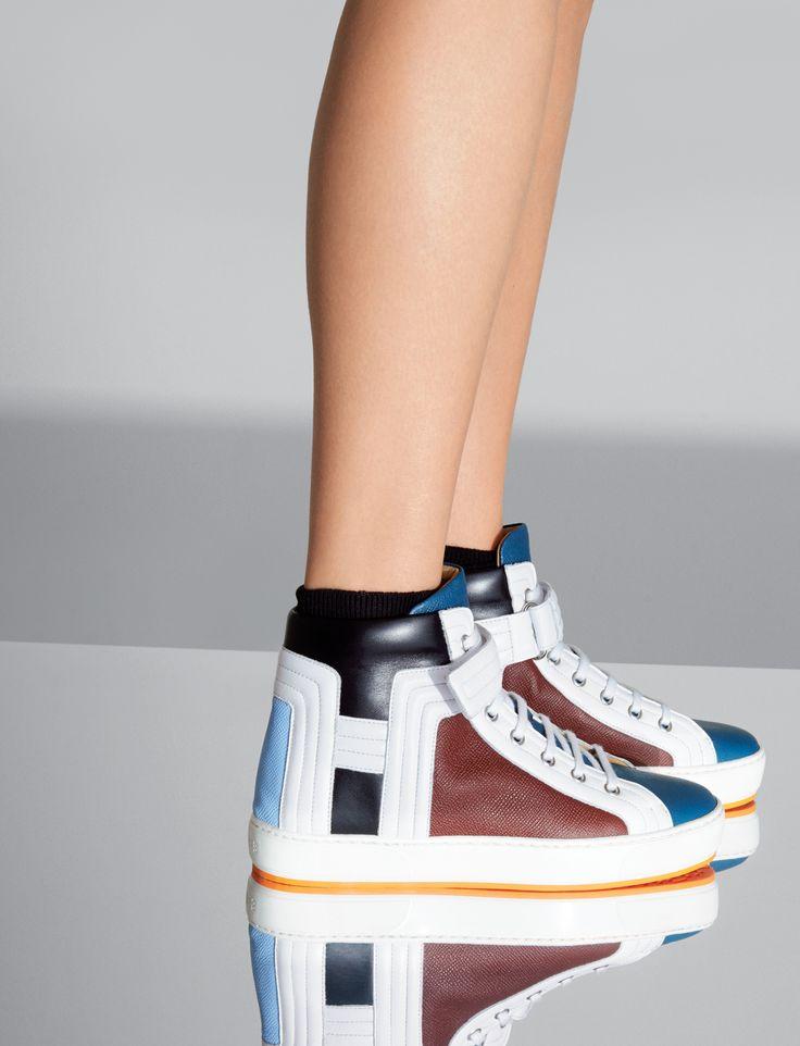 Hermès Sneaker in curacao, sky blue, tomette, black and white calfskin