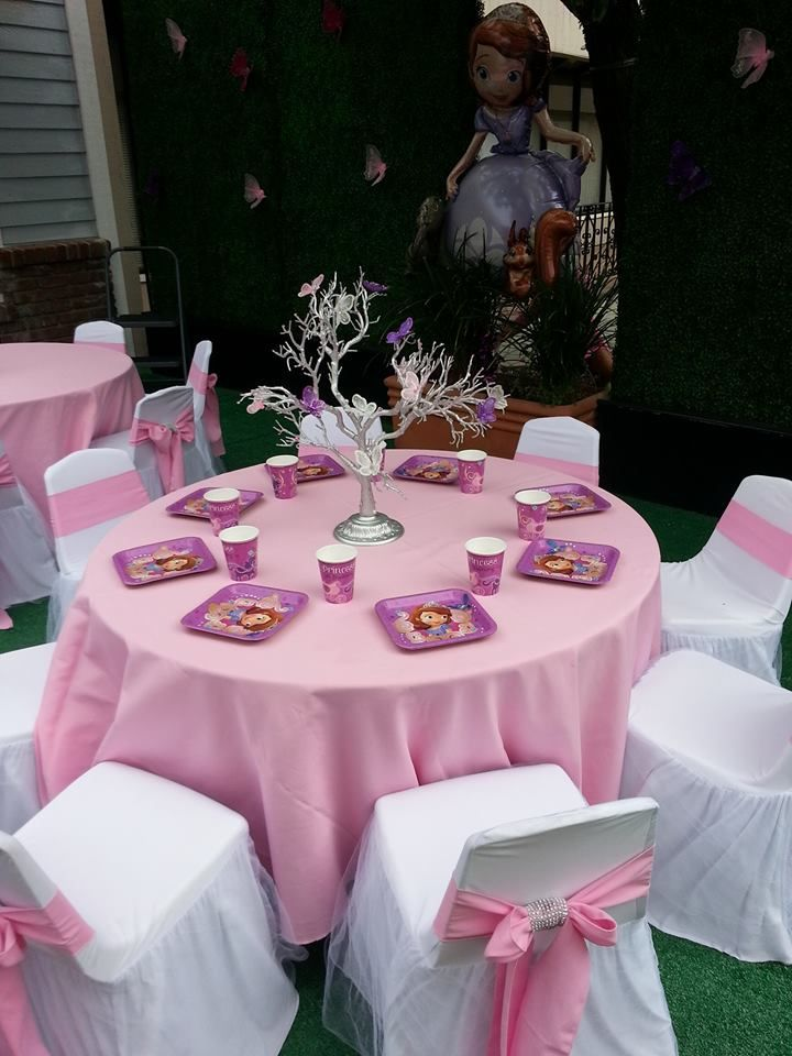 Kidkraft Table And Chairs: 25+ Best Ideas About Kids Party Rentals On Pinterest