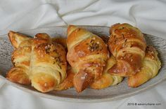 Cornuri sarate cu unt din aluat cu cartofi Savori Urbane (2)