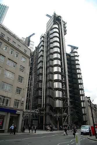 Lloyd's of London. Richard Rogers and Associates. 1986. London, England.