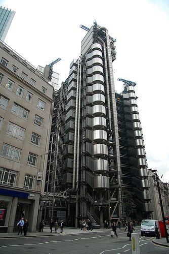 Lloyd's of London. Richard Rogers and Associates. 1986. London, England.