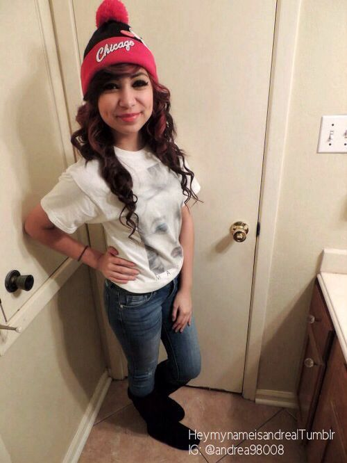 Bulls Life Swag Style Fashioon Sefie Life Girl Beanies Ootd Jeans Latina Me