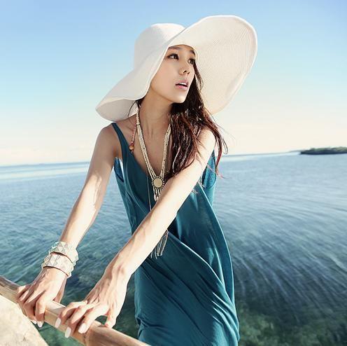 EOZY Sombrero De Ala Grande Gorro De Playa Mujer De Sol Gorra De Paja Con  Cinta Beige  6f1a4155ac16