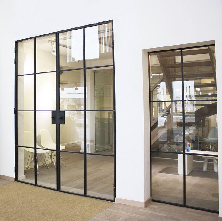 Les 25 meilleures id es de la cat gorie portes en fer sur pinterest portes en fer forg fer for Porte en verre et fer forge