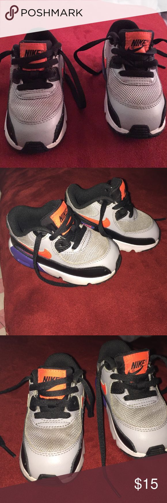 Toddler air max sneakers Toddler boys air max sneakers size 6 c used in gtreat condition air max Shoes Sneakers