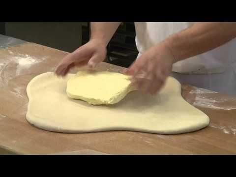 Leveles tészta készítése