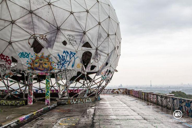 Seit ich in Berlin wohne, bin ich auf der Suche nach guten Fotolocations, Orte und Fotospots zum Fotografieren. Hier habe ich dir meine besten Foto-Locations in Berlin und Top-Tipps aufgeschrieben zum Thema: Wo finde ich gute Architektur, an welchem Standort kann ich die Oberbaumbrücke am besten fot