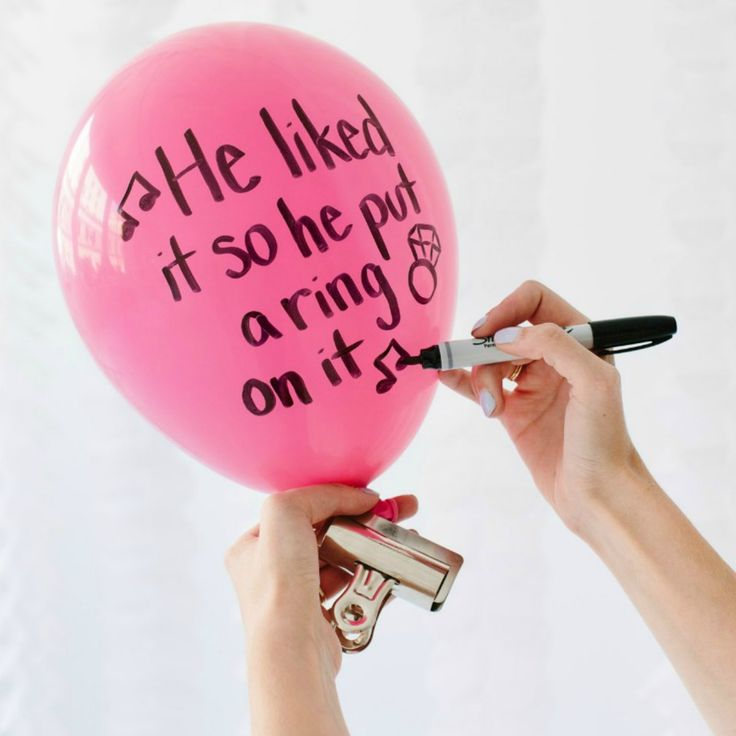 Learn how to make these fun hen party balloons in 4 easy steps! A hen party DIY with minimal effort and cost.