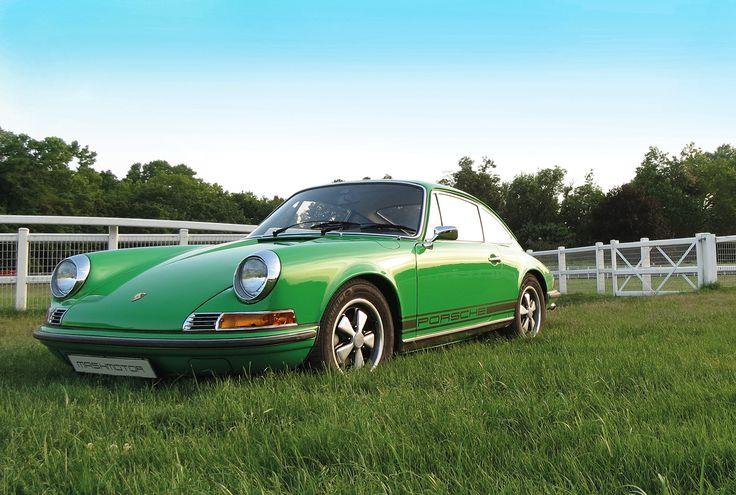 Green green green!!! Porsche 911 Restoration by Mashmotor  #mashmotor #porsche #restoration #green #911 #porsche911 #car #sportcar #viper #luxurycars #luftgekühlt #aircooled #porschefan #1972 #derby #porscheturbo #porschedesign #porscheclassic #horseracing #racing #nature #morning #auto #motor #speed #fuchs #crest #canon #porschelove #photo @rekayereka