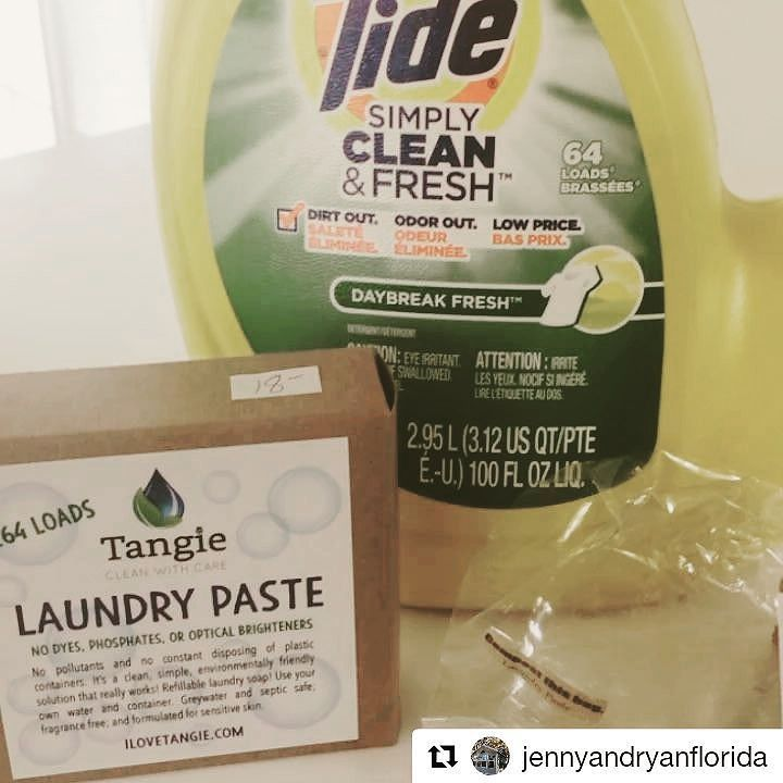 My new @tide.detergent replacement is @ilovetangie #zerowaste laundry detergent - it comes with packaging that can be #composted and #recycled . I'm using my empty @tide bottle to house my new #ecofriendly #laundry #detergent thanks to @districtatmills for helping promote #locallymade #smallbusiness #madeinflorida  .. .. #Repost @jennyandryanflorida (@get_repost)  #reducingabillionbottles #ilovetangiecares #bootthebottle #refilldontrecycle #healthyhabitathabits #teamtangie…