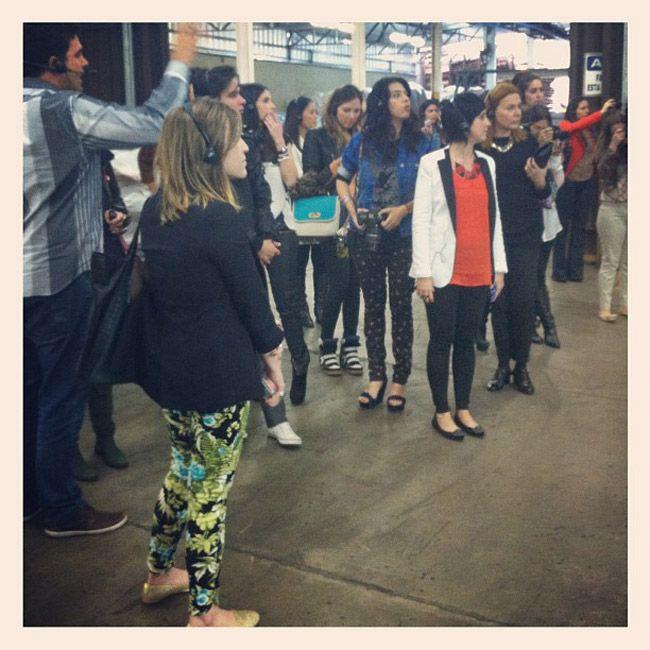 A Carmen Steffens organizou mais um encontro de blogueiras. A quinta versão do evento foi em Franca e as bloggers conheceram a fábrica da marca e a Couroqu