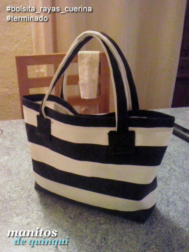 Bolsita Rayada ^_^  #ManitosDeQuinqui #manualidades #hechoamano #handmade #bag #handbag #totebag #cartera #bolsa #loneta #lonetalistada #rayas #rayada #cuerina